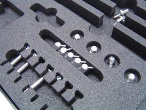 Wypełenienie walizki narzędziowej