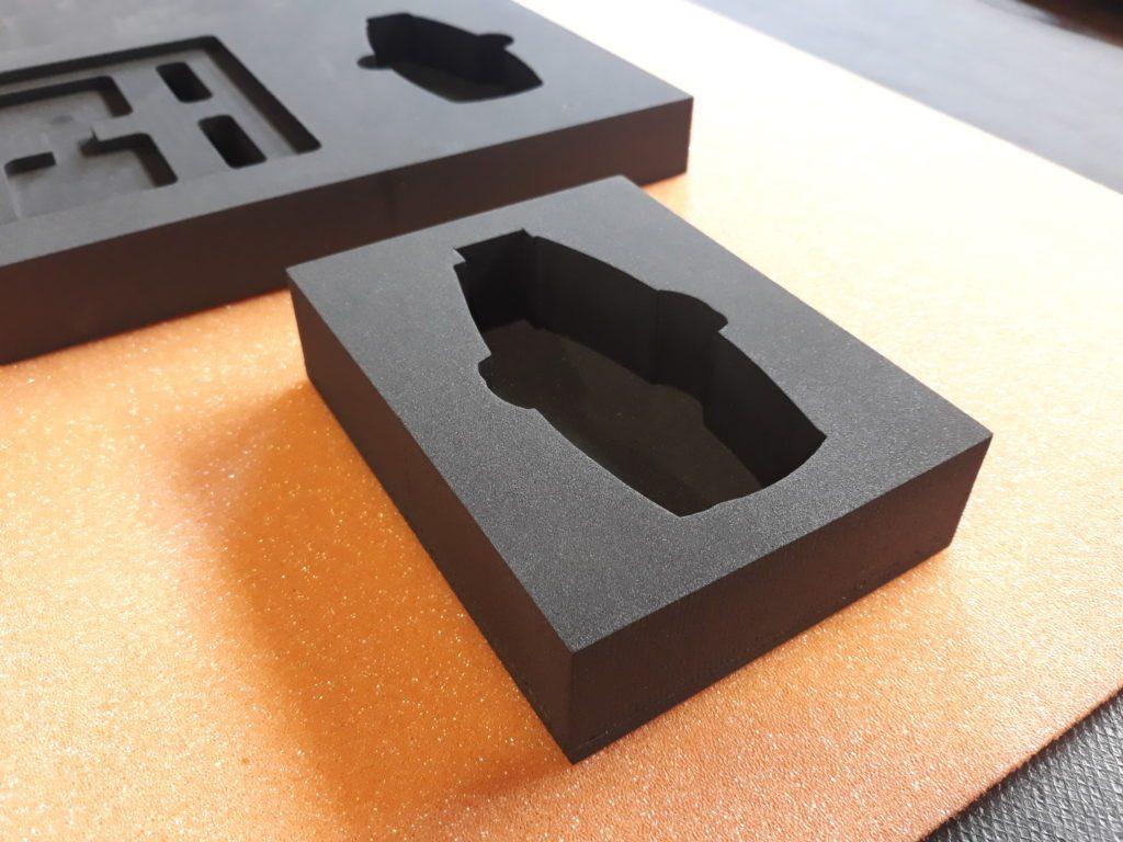 Projektowanie CNC zabezpeczeń dla elektroniki, Transportschutz für Elektronik aller Art, CNC Fräsen