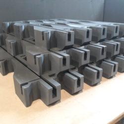 Obróbka CNC pianki, XPE Schaumstoff, 3D-CNC-Fräsen und schneiden, Autoindustrie, Lager- und Transportschutz