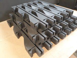 Grzebienie transportowe, XPE Schaumstoff, 3D-CNC-Fräsen und schneiden, Autoindustrie, Lager- und Transportschutz_
