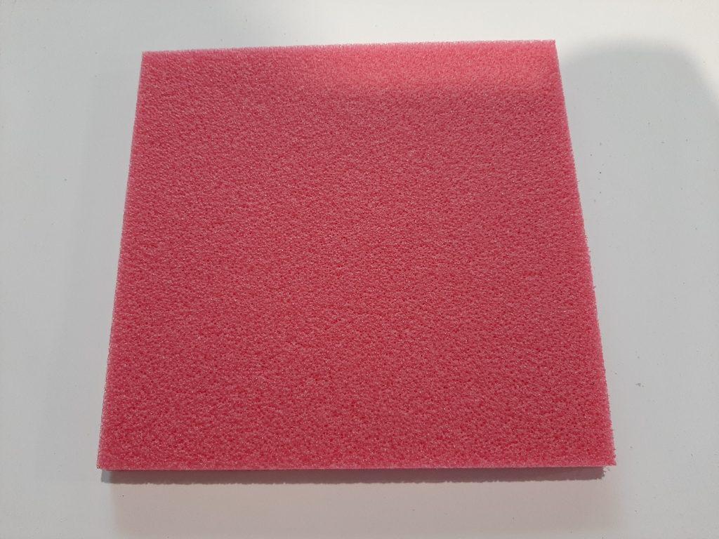Červená polyethylenová pěna, Polyethylen Schaumstoff rot, Polyetylene Foam red