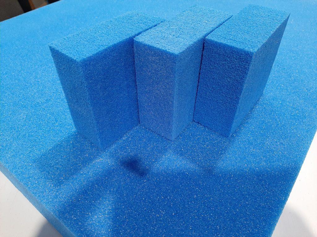 Pianki ozdobne, Polyethylen Schaumstoff, blau, geschnitten in Blöcke und Matten, Decorative foams