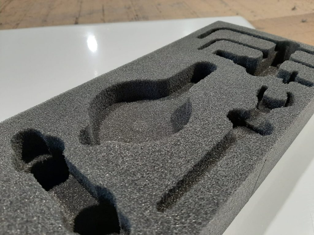 Nowy materiał FFJ35kg/m3, Neue Materialen, New Material
